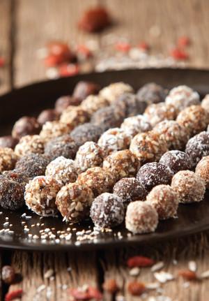 Meruňkové, čokoládové a raw kuličky