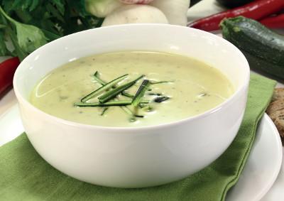 Cuketovo-kapustová polévka